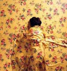 Ornate Body Painting Camouflage: Hiding The Human Form with Wallpaper Patterns | Jeannie Huang