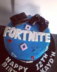 Sons fortnite birthday cake #fortnite #birthdaycake Birtday Cake, 30 Birthday Cake, 10th Birthday Parties, 14th Birthday, Birthday Party Themes, Birthday Ideas, Mud Cake, Thing 1, Cake Designs