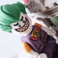 LEGO Joker Cake Figure Joker Cake, Thor, Lego Batman Cakes, Lego Club, Lego Marvel, Lego Sets, Gotham, Legos, Geek Stuff