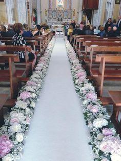 stylish ideas for a church wedding ceremony in the city Simple Church Wedding, Diy Wedding, Rustic Wedding, Dream Wedding, Fall Wedding, Church Wedding Flowers, Crazy Wedding, Wedding Quotes, Burgundy Wedding