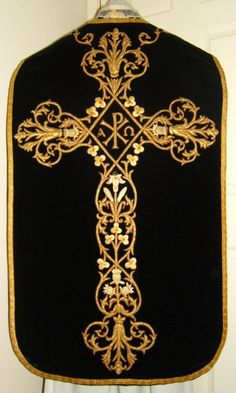 GOLDWORK: Black Roman Vestment / Black requiem mass chasuble / Luzar vestments. I like the starkness and elegance of the embroidery.