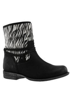 Laars JJ footwear kort Scoob::laarzen brede schacht::Grote maten mode online | Gratis verzending | Bagoes grote maten mode http://www.bagoes.nl/Laars-JJ-footwear-kort-Scoob-p-30429.html
