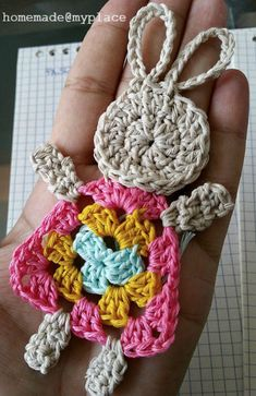 Transcendent Crochet a Solid Granny Square Ideas. Inconceivable Crochet a Solid Granny Square Ideas. Easter Crochet Patterns, Crochet Bunny Pattern, Crochet Motifs, Granny Square Crochet Pattern, Crochet Squares, Crochet Diy, Crochet Amigurumi, Crochet Gifts, Motifs Granny Square