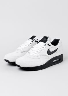 separation shoes cec4a df5ec Nike Air Max, Air Max 1, Nike Sneakers, Air