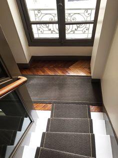 Rue Tour Maubourg - DMT - Spécialiste du tapis d'escalier et moquette - Paris Decoration, Animal Print Rug, Stairs, Home Decor, Carpet Staircase, Parisian Apartment, Home, Interview, Decor