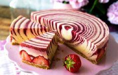 Пошаговый рецепт торта «Зебра», секреты выбора ингредиентов и Cake Cookies, Cupcake Cakes, Cupcakes, Torta Zebra, Cookie Recipes, Dessert Recipes, Soft Chocolate Chip Cookies, Gateaux Cake, Sweet Cakes