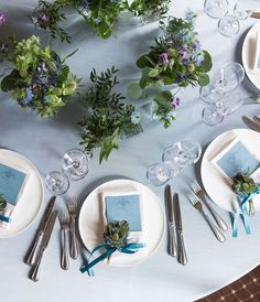 Wedding Table Deco, Rustic Wedding, Wedding Decorations, Table Decorations, Green Wedding, Wedding Colors, Wedding Flowers, Wedding Notes, Second Weddings