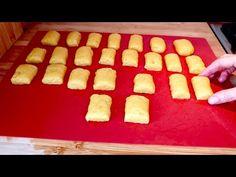 Dobré a snadné cookies, které budete dělat každý den! # 437 - YouTube Cooking Cookies, Cookie Desserts, Cookie Bars, Cookie Recipes, Dessert Recipes, Xmas Cookies, Baked Goods, Sweet Recipes, Sweet Treats