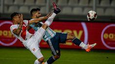Perú sufre la baja de jugador clave para duelo ante Chile - Teletrece