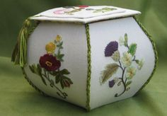 A blog post detailing how I completed this five-sided embroidered box, covered in flower motifs by Susan O'Connor. The motifs are taken from her book 'Embroidered Flowers for Elizabeth'. See Janet Granger's blog for details of the project.