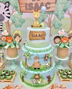 No photo description available. Safari Birthday Cakes, Boys 1st Birthday Cake, Boys First Birthday Party Ideas, Jungle Theme Birthday, Safari Cakes, Safari Theme Party, Safari Birthday Party, Festa Safari Baby, Jungle Cake