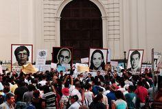 Luego de conocerse el cierre, se han pronunciado en contra de la medida desde el presidente Mauricio Funes, el procurador David Morales y hasta organismos promotores de la defensa de los derechos humanos como la Oficina de Washington para América Latina (WOLA, por sus siglas en inglés), el Centro para la Justicia y la Responsabilidad (CJA) y el Centro para la Justicia y el Derecho Internacional (Cejil)