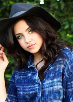 Ryan Newman poses for Sara Jaye Weiss Photoshoot - http://celebs-life.com/?p=67663