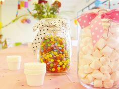 Chcete uspořádat dětskou narozeninovou oslavu a lámete si hlavu nad výzdobou, pohoštěním a zábavou? Inspirujte se několika zajímavými tipy, díky kterým bude dětská oslava vaší ratolesti nezapomenutelná! :-)       …