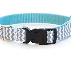Chevron Dog Collar - 5/8 inch width - Adjustable - Pattern: Grey and Blue Zig Zag Stripes