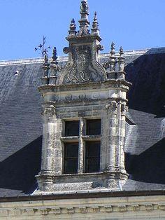 Lucarne renaissance château d'Amboise.