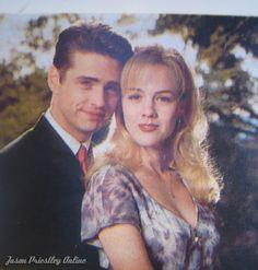 The very beginning of Brandon and Kelly romance, on 4th season.