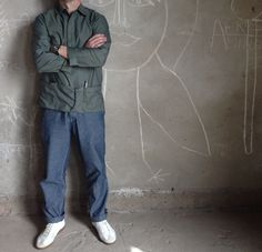 Hawkwood Mercantile Artisan Smock in garment dyed oxford cotton with chambray Deck Pants & dead stock German Army Trainers.