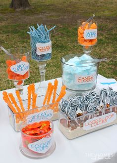 Candy buffet at Disney's Planes Birthday Party Disney Planes Birthday, Disney Planes Party, Airplane Party Food, Airplane Snacks, Party Food Themes, Party Ideas, 4th Birthday Parties, 2nd Birthday, Birthday Ideas