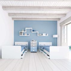 Single and twins small convertible crib into a bed with a chest of drawers. Client: Alondra Year: 2013