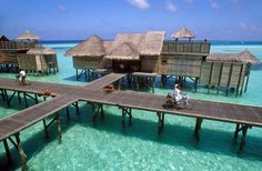 The far-flung isles of the Indian Ocean propose exotic beaches, emerald waters, and castaway lodgings.