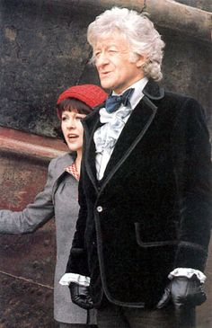 Jon Pertwee and Elisabeth Sladen Doctor Who Tv, 4th Doctor, Doctor Who Costumes, Sarah Jane Smith, Jon Pertwee, Doctor Who Companions, William Hartnell, Classic Doctor Who, Best Doctors