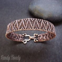 Handmade Wire Jewelry, Wire Jewelry Making, Keep Jewelry, Handmade Bracelets, Bracelets For Men, Wire Bracelets, Bangles, Copper Wire Crafts, Copper Wire Jewelry