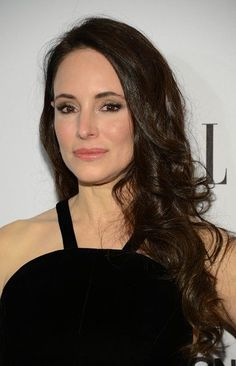 Madeleine Stowe Photos - Actress Madeleine Stowe attends the ELLE's Women in Television Celebration at Soho House on January 2013 in West Hollywood, California. - ELLE's Women in Television Celebration - Red Carpet Beautiful Women Over 50, Beautiful Old Woman, Young And Beautiful, Absolutely Gorgeous, Beautiful People, Stunning Women, Amazing Women, Madeleine Stowe, Beauty Tips For Skin