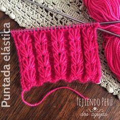 Puntada elástica fantasía con puntos hondos tejida en dos agujas o palitos! El tutorial está en nuestra web: www.tejiendoperu.com