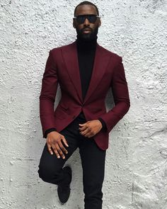 Resultado de imagem para burgundy blazer outfit mens