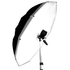 Annie Leibovitz's favorite light modifier, the Softlighter is a great soft light source that collapses easily.