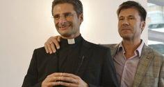 Sacerdote confiesa ser gay, presenta a su novio y provoca inmediata reacción del Vaticano | AdriBosch's Magazine