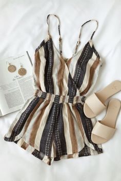cute outfits for school . cute outfits with leggings . cute outfits for winter . cute outfits for school for highschool . cute outfits for women . cute outfits for spring Mode Outfits, Casual Outfits, Fashion Outfits, Womens Fashion, Fashion Trends, Ladies Fashion, Classy Outfits, Fashion Ideas, Short Outfits