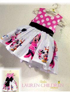 Vestido Infantil Minnie Mouse - <br>Cores : Rosa e Vermelho <br> <br>Vestido acima de 6 anos possui acréscimo de valores.
