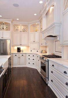 White kitchen cabinet design ideas White kitchen cabinet design ideas - White N Black Kitchen Cabinets Farmhouse Kitchen Cabinets, Kitchen Cabinet Design, Diy Kitchen, Kitchen White, Kitchen Decor, Awesome Kitchen, Kitchen Cupboards, Kitchen Wood, Decorating Kitchen