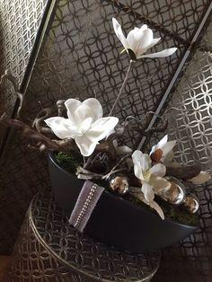 Jewelry, Ideas, Greenhouses, Florals, Floral Arrangement, Vases, Christmas, Dekoration, Jewlery