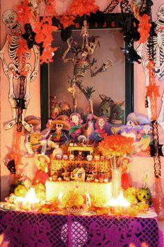 altar Dia de los Muertos Day of the Dead #DayoftheDead