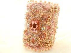 pink bridal bracelet  swarovski wedding par beadsofaquarius sur Etsy, $300.00