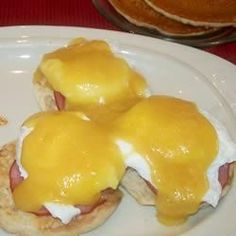 """Quick and Easy Eggs Benedict 