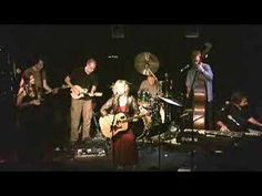 Gretchen Peters - Sunday Morning (Up And Down My Street)