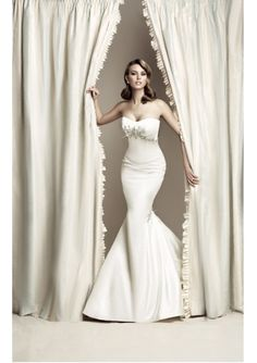 .:Whoa - it takes a great body to be able to pull off this dress {#oneday}:.