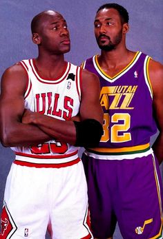 Michael Jordan - Chicago Bulls and Karl Malone - Utah Jazz Basketball Pictures, Love And Basketball, Sports Basketball, Basketball Players, Basketball Jones, Nba Pictures, College Basketball, American Athletes, American Sports