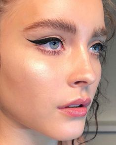 BROW INSPIRATION : BROW APPROVED 11