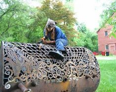 The amazing work of blacksmith beauty Cal Lane