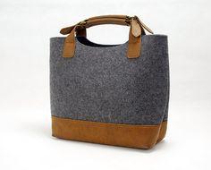 20% off sales Felt Hand Bag Handbag Felt Purse Lady Bag Ladies Bag Shopping Bag Women Tote Bag with Leather Bottom E1742 door Filzkraft op Etsy https://www.etsy.com/nl/listing/170344649/20-off-sales-felt-hand-bag-handbag-felt