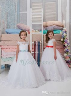 2017 New Little Girl Vestido Clothes Ball Gown Scoop Lace Appliqued Glitz Pageant Floor Length Flower Girls Dresses For Children Prom Gown Flower Girl Dresses Girls Christmas Dress Girls Pageant Dresses Online with $82.29/Piece on Mfsdresses's Store | DHgate.com