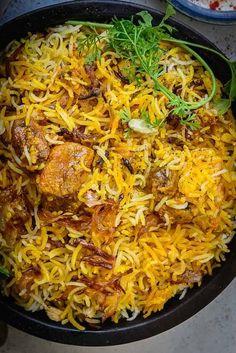 Authentic Hyderabadi Mutton Biryani Recipe (Dum Biryani) – Whiskaffair More from my site Mutton biryani The Best Hyderabadi Dum Biryani Recipe Indian Chicken Recipes, Veg Recipes, Curry Recipes, Indian Food Recipes, Cooking Recipes, Arabic Recipes, Hyderabadi Biryani Recipe, Hyderabadi Cuisine, Dum Biryani