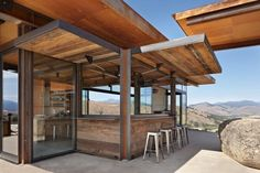 Modern Family Retreat Built for All Four Seasons in Methow Valley - http://freshome.com/family-retreat-for-all-four-seasons/