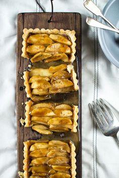 Salted Caramel Apple Tart #BIthanksgiving dinner on #Bingoisland
