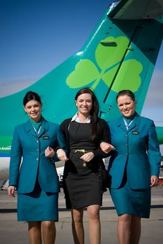 Aer Lingus (not sure who the girl in the middle is - definetly not crew.)